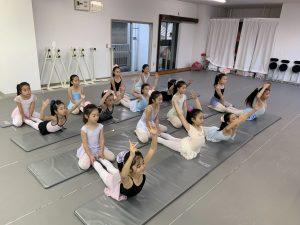バレエジュニアクラス